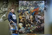 Malíř Michal Janovský z České Lípy se svým nejnovějším obrazem Homo Deus (180 x 140), olej.
