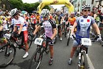 Na start Malevil Cupu se každoročně postaví stovky cyklistů.
