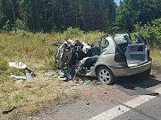 Smrtelné a středně těžké zranění si vyžádala kolize pěti vozidel.