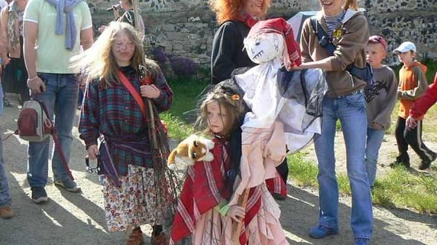 Pálení čarodějnic na vodním hradě je v České Lípě tradicí.