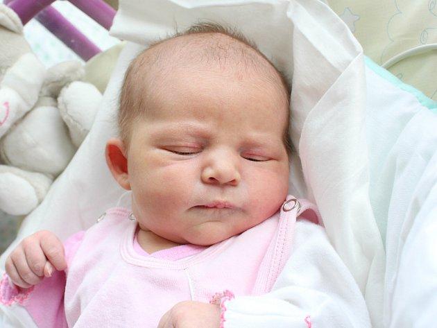 Rodičům Haně Andrlíkové a Zdeňku Bernartovi z České Lípy se ve středu 31. října v 8:17 hodin narodila dcera Hana Bernartová. Měřila 52 cm a vážila 3,92 kg.