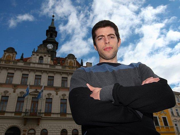 Štěpán Slaný po letech strávených v extralize hraje od loňska za FBC Česká Lípa, je manažerem klubu. Stojí za velkými společensko-sportovními i charitativními akcemi FBC.