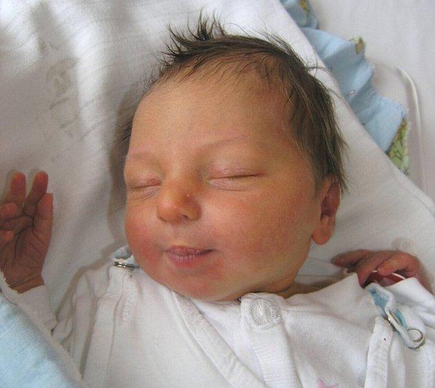 Mamince Janě Eisnerové z Nového Boru se 26. listopadu v 1:25 hodin narodil syn Daniel Vokál. Měřil 51 cm a vážil 3,30 kg.