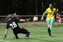 Rezerva Doksy hraje v neděli v Jestřebí s týmem Bílé. Na snímku je Kýček, který dal v minulém kole pět branek Hrádku.