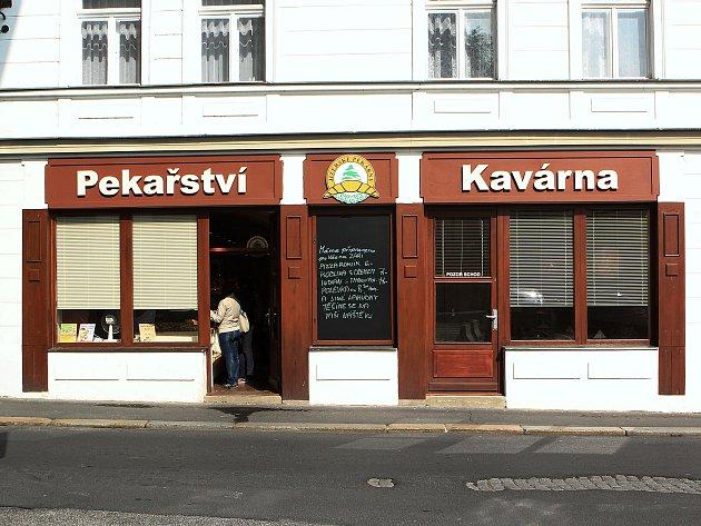 Nejnovější provozovna Jizerských pekáren na českolipském Jeřábkově náměstí má 66 metrů čtverečních.