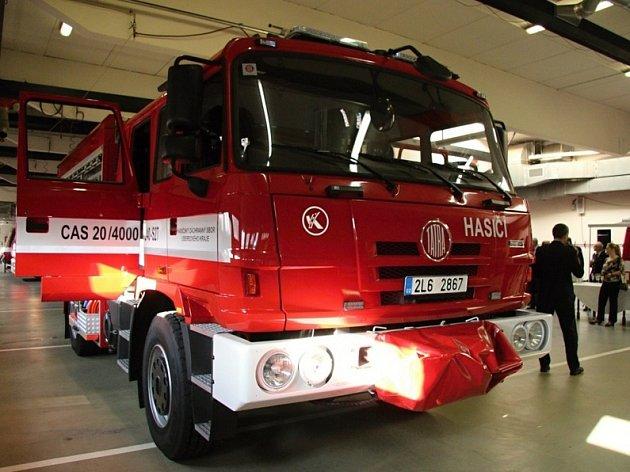 Ve čtvrtek se na českolipské požární stanici konaly oslavy padesáti let fungování profesionálního hasičského sboru vČeské Lípě.