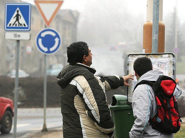 Mezi kruhovými objezdy u českolipské nemocnice najdou cestující novou – nezastřešenou– autobusovou zastávku z České Lípy přes Mimoň do Hamru na Jezeře.