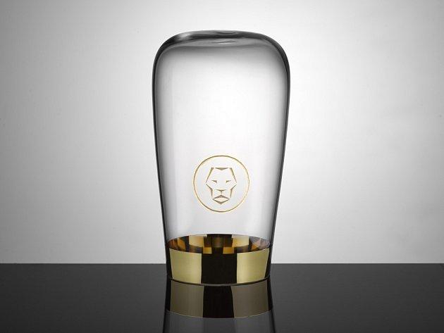 Autorem nové trofeje je stejně jako v případě plastik Lva designér Jakub Berdych.
