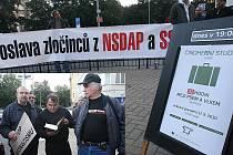 Protesty provázely už premiéru hry v Ústí nad Labem, která se konala loni v září.