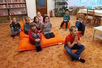 Školáci z Dubé navštívili knihovnu.
