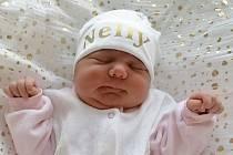 Rodičům Monice a Martinovi Golasovým se v neděli 21. března ve 14:51 hodin narodila dcera Nelly Golasová. Měřila 48 cm a vážila 3,66 kg. Doma se na ní těšila i sestřička Lilly.
