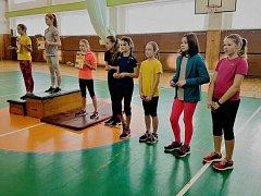 Českolipského Kvakoše si vyzkoušely i začínající atletky.