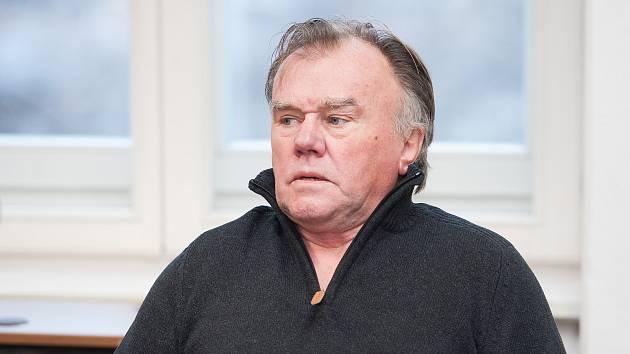 Ludvík Berousek u Okresního soudu v České Lípě v lednu 2019.
