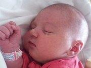 Rodičům Petře Vítkové a Radku Kadeřávkovi z Obory u Doks se ve středu 25. října ve 12:44 hodin narodila dcera Ema Kadeřávková. Měřila 50 cm a vážila 3,83 kg.