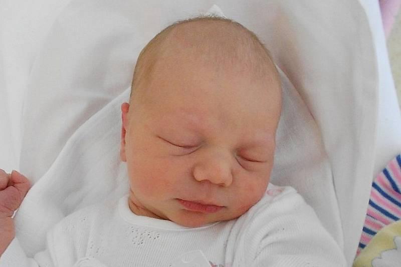 Rodičům Monice a  Miroslavovi z Olešnice se ve středu 8. září ve 4:09 hodin narodila dcera Rozálie Vašatová. Měřila 50 cm a vážila 3,18 kg.