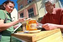 Farmářské trhy se opět pomalu stávají v České Lípě tradicí.