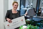 Čtyřiadvacetiletá studentka Tereza Drobná zvítězila v soutěži Master of Crystal, kterou pořádá firma Preciosa.  Na jejím návrhu tak pracovali specialisté  výzkumu a vývoje firmy Preciosa Lighting v Kamenickém Šenově.