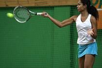Také Pernilla Mendesová, jedna z  favoritek Ave cupu, předčasně českolipský turnaj opustila.