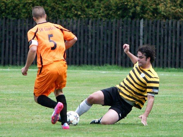 Dynamo Holany, nováček krajské fotbalové I. B třídy, prochází úvodními koly podzimní části hodně slušně. Osečnou porazil 4:0.