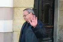 Podle rozhodnutí státního zástupce Karla Hádka si Pudil může vyzvednout řidičák na radnici.
