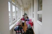 V rekonstruované budově našlo zázemí na 150 předškoláků, díky opravám se kapacita školy navýšila o desítku míst.