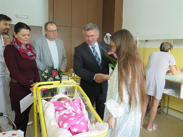 Lenička je prvním letošním miminkem České Lípy.