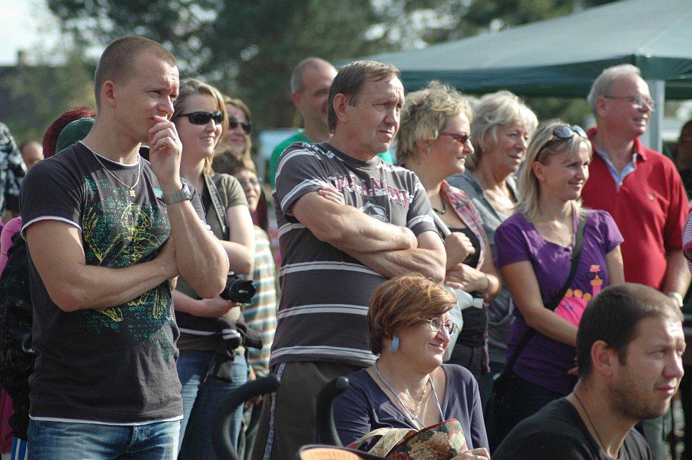 Největší část programu Zákupských slavností probíhala na místním koupališti. Zahrál tam třeba Marek Ztracený nebo Jan Budař.