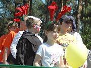 Tradiční otvírání Máchova jezera, jímž se zahajuje letní turistická sezona, letos město spojeno s historicky prvními farmářskými trhy v Doksech a se setkáním zástupců měst, která mají ve znaku paroží.