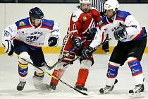 Vojáci z VTJ Ještěd nasázeli v městském derby devět gólů do branky PSK Liberec.