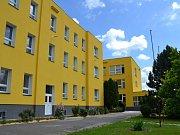 Střední odborná škola a Střední odborné učiliště v České Lípě otevřela zrekonstruovanou budovu bývalé zemědělské školy v Lužické ulici.