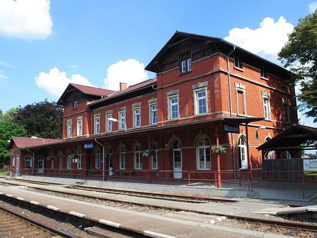 Vlakové nádraží v Mimoni.
