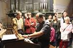 Varhanní koncert, který v pondělí rozezněl novoborský kostel Nanebevzetí Panny Marie, si nenechala ujít téměř padesátka návštěvníků.