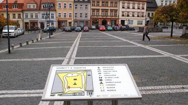 Nové mapy slouží jako informační systém pro zrakově postižené návštěvníky České Lípy.