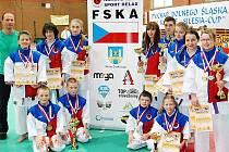 Tým karatistů z českolipského klubu Sport Relax získal v Polsku patnáct medailí.