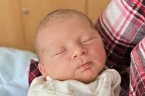 Rodičům Pavle a Martinovi z Roztok u Jilemnice se v sobotu 25. května v 11:51 hodin narodil syn Martínek. Měřil 52 cm a vážil 3,76 kg. Doma se na něj těšili sourozenci Terezka a Sebastian.