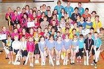 Krajské soutěže v gymnastice se zúčastnilo celkem 51 dívek a žen a 18 závodníků mužského pohlaví.
