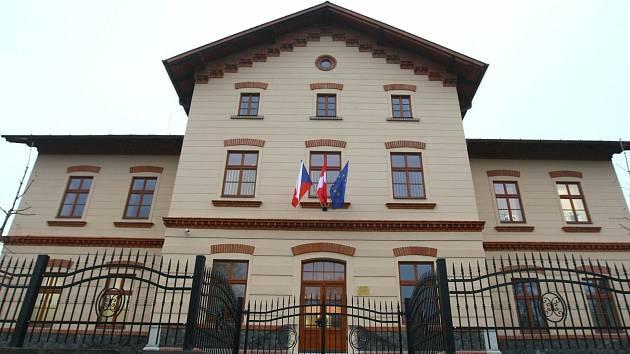 Národní dům ve Sloupu v Čechách se po nákladné rekonstrukci otevřel loni v listopadu.