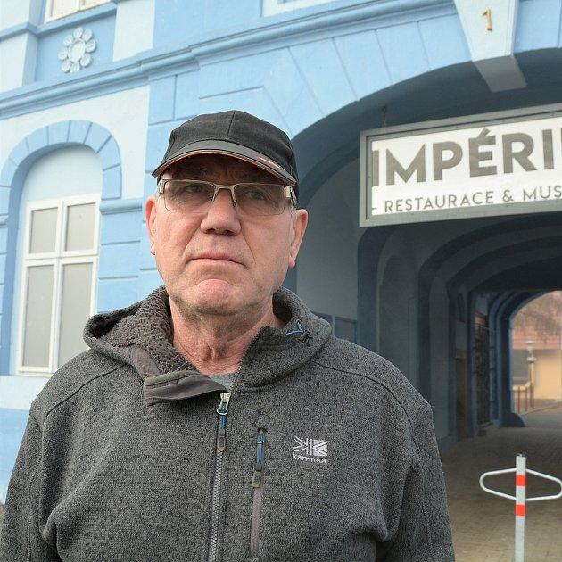 Dimitrij Vovčuk, Kravaře.