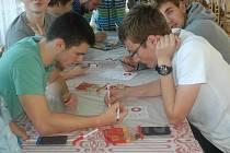 pIšQworkový turnaj na českolipském gymnáziu.