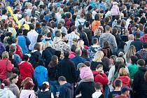 Podle aktuálních údajů žilo k prvnímu lednu v České Lípě už jen 36 733 lidí. Snímek je z městských slavností.