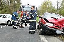 Proč vjel řidič bílé octavie do protisměru, zatím není jasné.