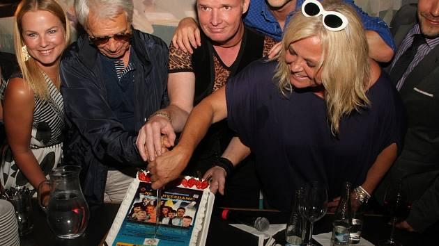 Už podvacáté se čeští i slovenští zpěváci sejdou na benefičním koncertě Noc s hvězdami, který pořádá zpěvák a producent Martin France.