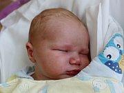 Rodičům Lukášovým z Rumburku se ve středu 13. září v 5:16 hodin narodil syn Adam Lukáš. Měřil 53 cm a vážil 3,99 kg.
