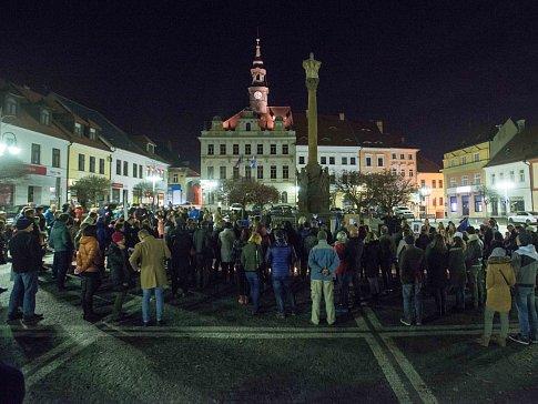 Oslavy 17. listopadu v České Lípě.