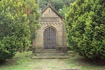 Ze státu Monako byly ostatky Josefa Vraného převezeny na Českolipsko a jsou uloženy v rodinné hrobce, která dodnes stojí v sousedství hornolibchavského zámku.