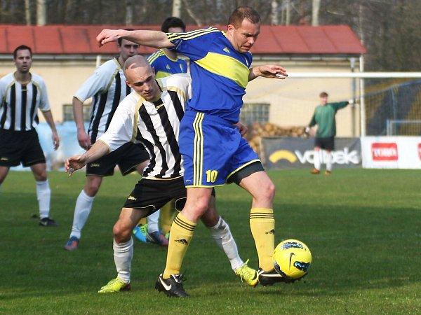 Jiskra Mimoň - SK Semily 0:2 (0:0).