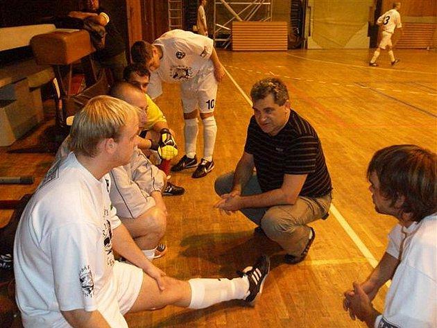 První ztráta v nové sezoně  divizní skupiny zažili futsalisté FC Démoni z Č. Lípy. Trenér Janecký však ví, že má kvalitní mužstvo.