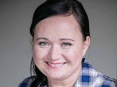 Profesí je malířkou skla. Kromě toho se věnuje kynologii, připravuje psy na zkoušky a výstavy a vede psí školu. Hana Böhme z Nového Boru se stala letošní Ženou regionu v Libereckém kraji.