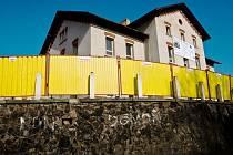 Rekonstrukce změnila Národní dům ve Sloupu v Čechách v moderní Komunitní centrum