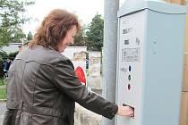 Parkovací automaty fungují na zkoušku.